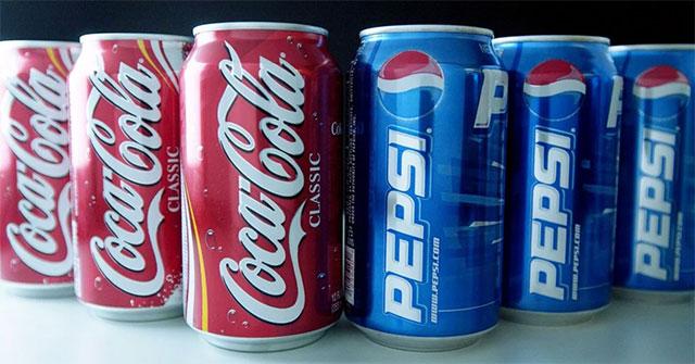 """Изначально плоды колы использовали для изготовления популярных во всём мире газировок """"Кока-кола"""" и """"Пепси-кола"""", но потом, ввиду дороговизны продукта, его заменили химическими составляющими."""